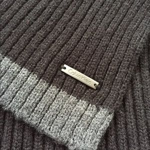 Black and grey Calvin Klein Ribbed scarf